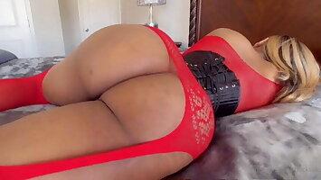 Big contraband crossdresser showing off that big ass